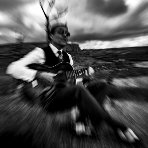 awesome pics photo shooting karim tobbi artist art concept expressionism cloud black and white marseille scharwitzel