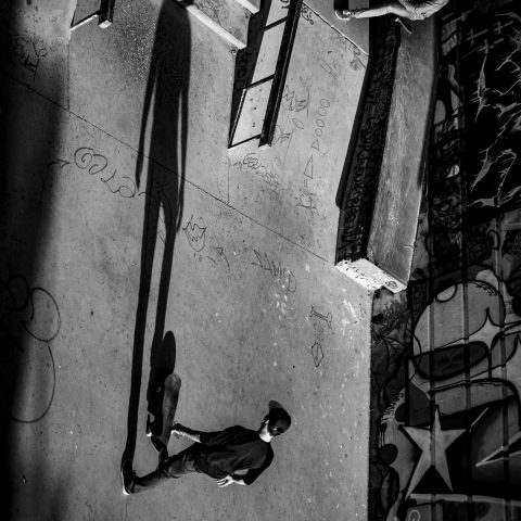 black and white scharwitzel street photo marseille photographe awaesome shado skatew